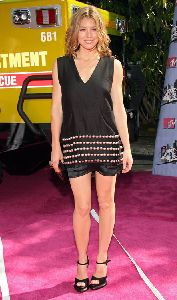 Jessica Biel : jessica biel looking  glam at the mtv awards 2008