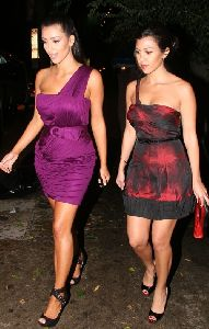 Kim Kardashian : Kim Kardashian and her sister Kourtney Kardashian together for a Dancing with the Stars after party