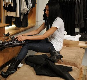 Ciara : Singer Ciara shops at a French Connection clothing store on December 11, 2008 in New York City