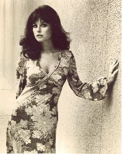 Lana Wood : high quality image