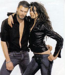 Kivanc Tatlitug : a photo of him with his fiance Azar Akin wearing leather jacket