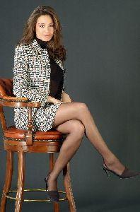 Azra Akin wearing an pin toe high heels