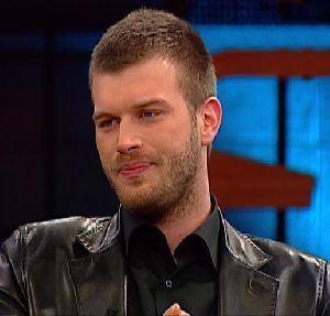 Kivanc Tatlitug short hair new hair style