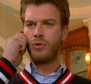 Kivanc Tatlitug on the phone from Gumus series