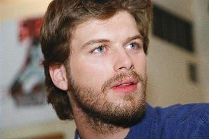 Kivanc Tatlitug : light beard