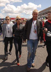 VICTORIA BECKHAM : with David at the british formula 1 Grand Prix