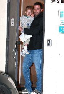 Ben Affleck : picks up Violet from school on Friday in Santa Monica, California