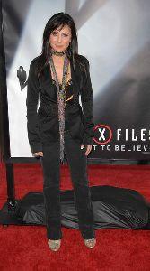 Pamela Adlon : arrives at the 20th Century Fox World premiere X Files