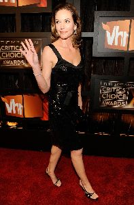 Diane Lane : arrives on the red carpet at VH1 s 14th Annual Critics  Choice Awards held at the Santa Monica Civic Auditorium on January 8, 2009