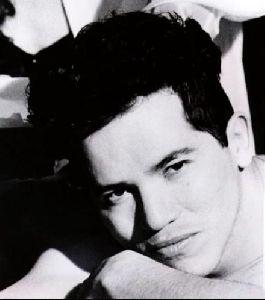 Actor john leguizamo : 27
