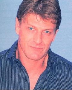 Actor sean bean : 13