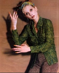 Actress anne heche : 19