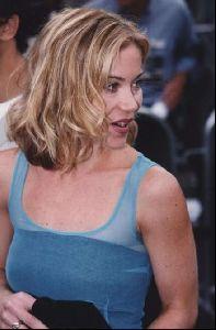 Actress christina applegate : 70