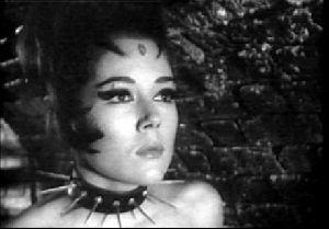Actress diana rigg : 7