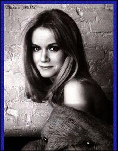 Actress donna mills : 8