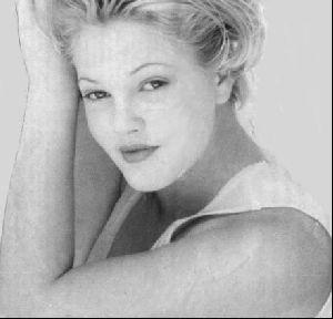 Actress drew barrymore : 32