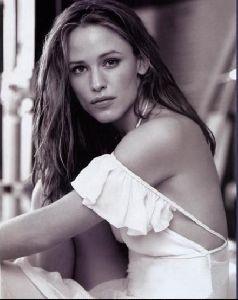 Actress jennifer garner : 27