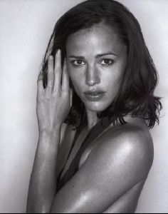 Actress jennifer garner : 28