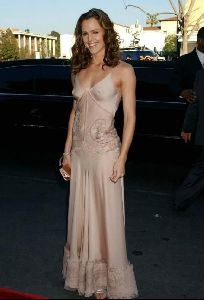 Actress jennifer garner : 38