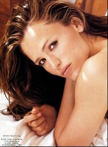 Actress jennifer garner : 54