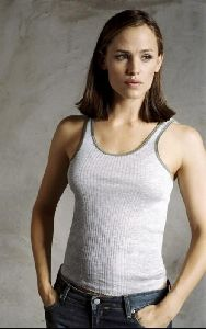 Actress jennifer garner : 73