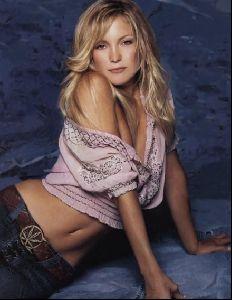Actress kate hudson : 26
