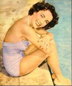 Actress liz taylor : 28