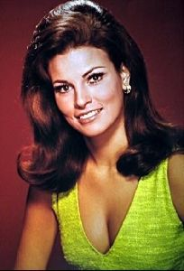 Actress raquel welch : 8