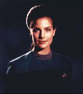 Actress terry farrell : 13
