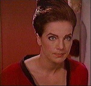 Actress terry farrell : 16