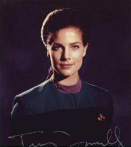 Actress terry farrell : 20