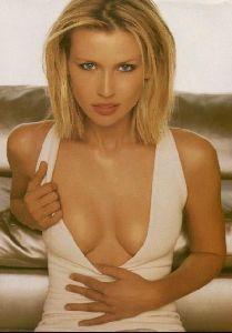 Female model daniela pestova : 35