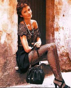 Female model helena christensen : 12