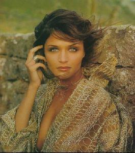 Female model helena christensen : 13