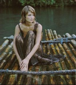 Female model helena christensen : 15