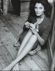 Female model helena christensen : 18