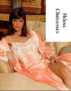 Female model helena christensen : 19