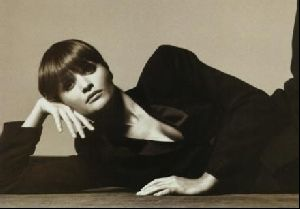 Female model helena christensen : 8