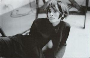Female model irene pfeiffer : 9