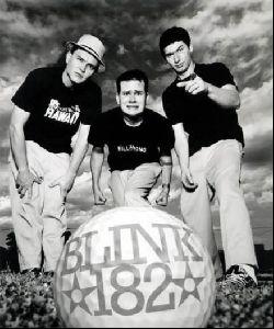 music band blink 182 : 2