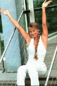 female athlete anna kournikova : anna49