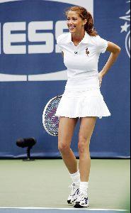 Shannon Elizabeth : shannon elizabeth tennis 6 big