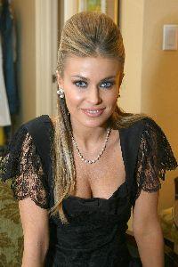 Actress Carmen Electra picture: Hot Carmen Electra pic