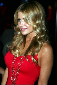 Actress Carmen Electra picture: Hot Carmen Electra pic