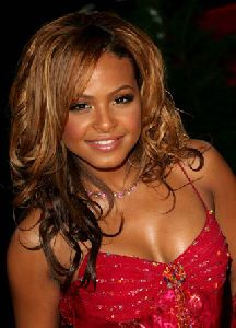 CHRISTINA MILIAN : 31st Annual People s Choice Awards