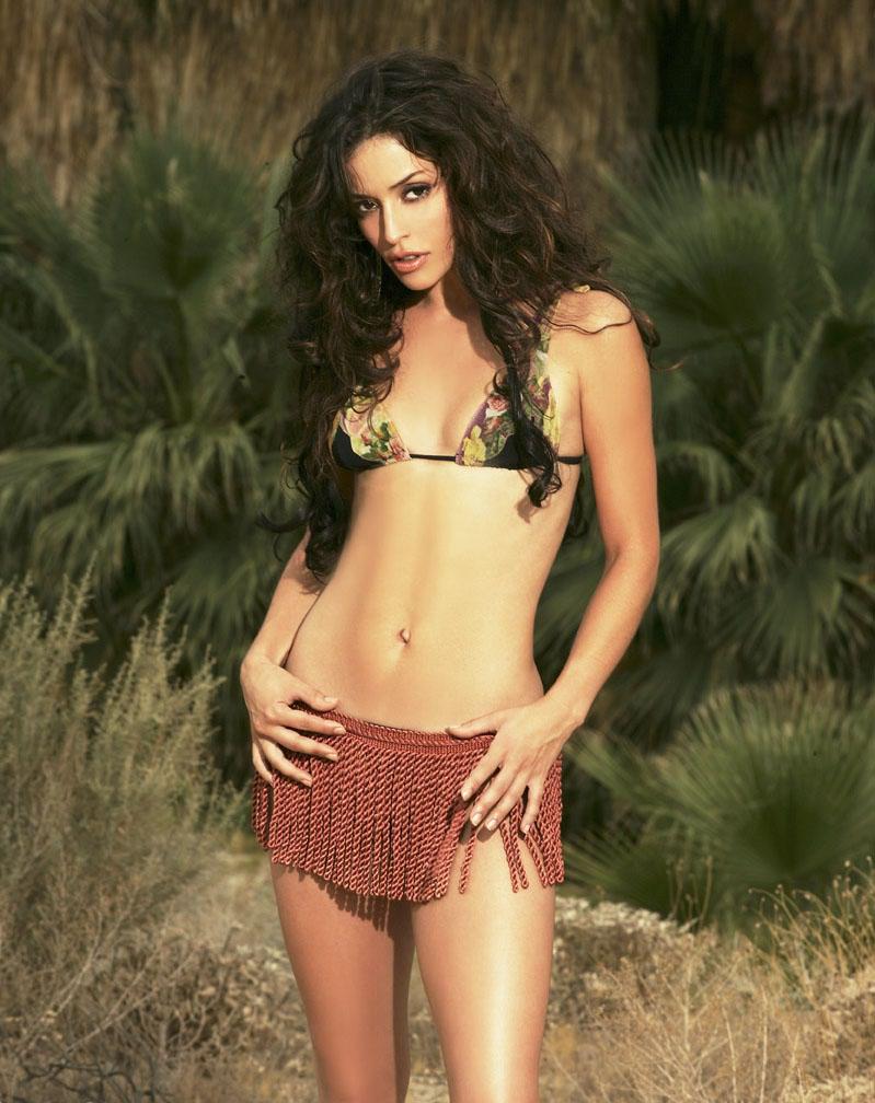 Emmanuelle Vaugier Hot