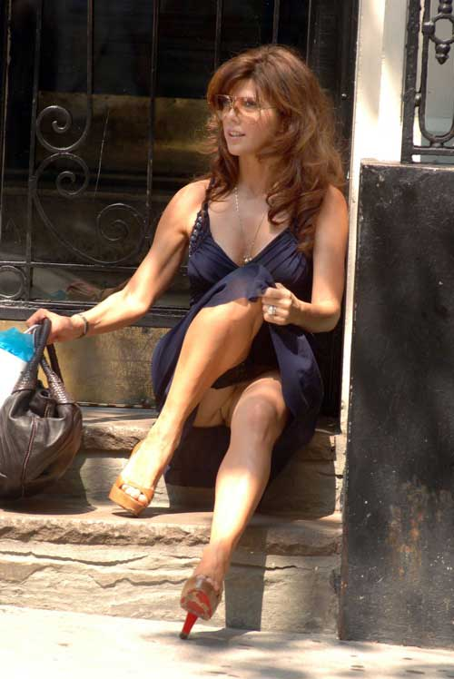 marisa tomei upskirt photos