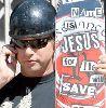 Stephen Baldwin : skateboarding-stephen 304x309
