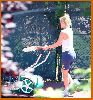 Kate Hudson : Kate Hudson   Lance Armstrong playing tennis   kissing4 485fcb3e3aecd