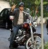 Jesse Metcalfe : on a motorcycle in Beverly Hills - 2008